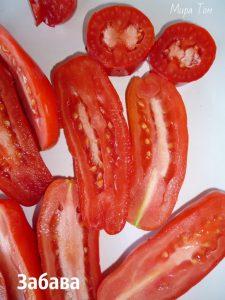 помидоры Аурия фото спелых плодов в разрезе